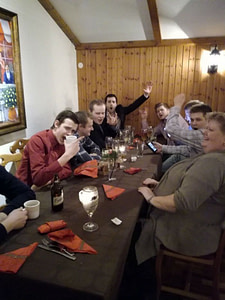 Glada gäster Limmareds Wärdshus