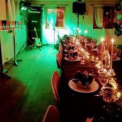 Hyr högtalare och discoljus till festen