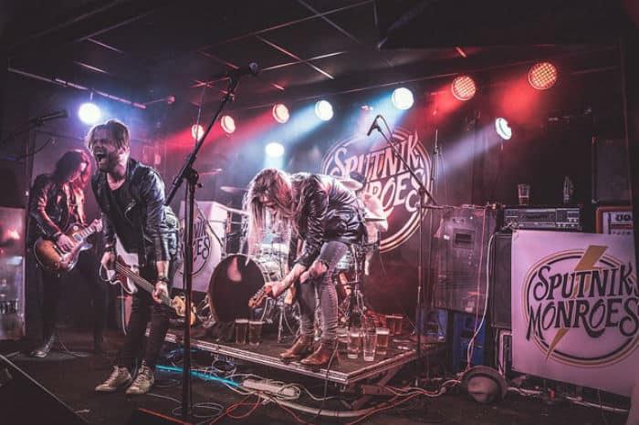 Sputnik Monroes band
